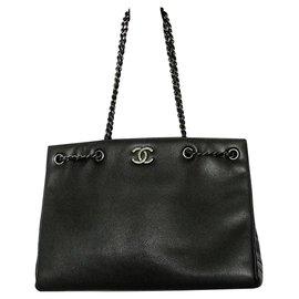 Chanel-Chanel Large Caviar leather shoulder tote bag-Black