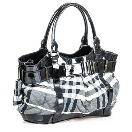 Burberry-Burberry Black Quilted Beat Check Canvas Tote Bag-Black,Grey