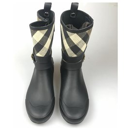 Burberry-Burberry Black Nova Check Rubber Rain Boot-Black,Multiple colors