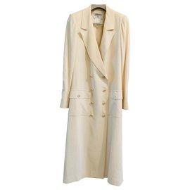 Chanel-Manteaux, Vêtements d'extérieur-Beige