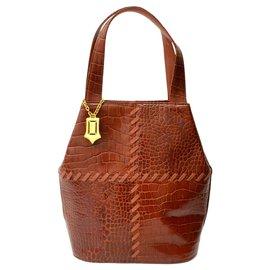 Yves Saint Laurent-Yves Saint Laurent Leather Handbag-Brown
