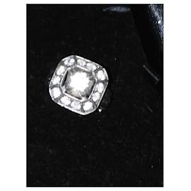 Vintage-Magnifique bague de fiançailles or gris et diamants-Gris