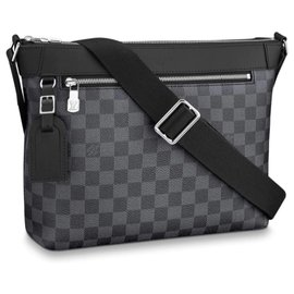 Louis Vuitton-Louis Vuitton messenger novo-Cinza