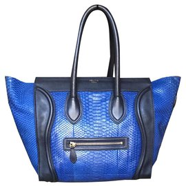 Céline-Superbe et rare sac Céline Luggage  en Python bleu-Bleu