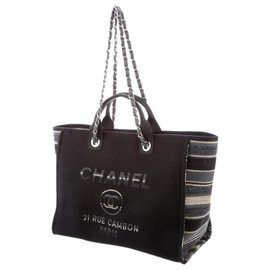 Chanel-Deauville-Black