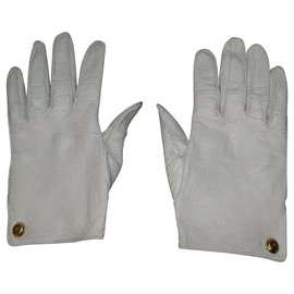 Chanel-CHANEL leather peccary gloves-Eggshell