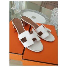 Hermès-Hermes Oasis sandals-White