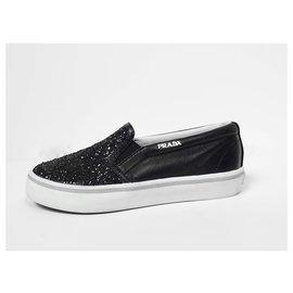 Prada-sneakers-Noir