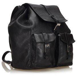 Gucci-Sac à dos à cordon en cuir noir Gucci-Noir