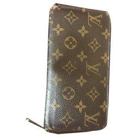 Louis Vuitton-zippy from louis vuitton-Brown