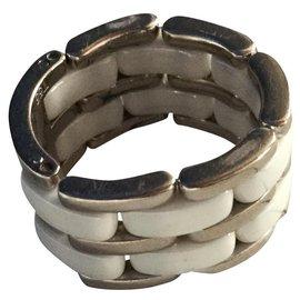 Chanel-Ring ULTRA LARGE MODEL-White