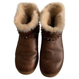 Ugg-UGG brown leather-Brown