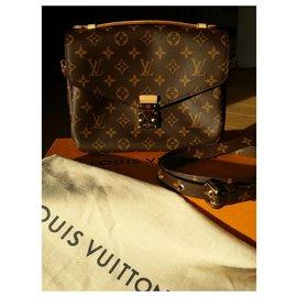 Louis Vuitton-Monogram wallet Monogram Louis Vuitton-Chocolate