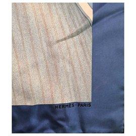 Hermès-Superbe foulard carré Hermès voiliers-Bleu