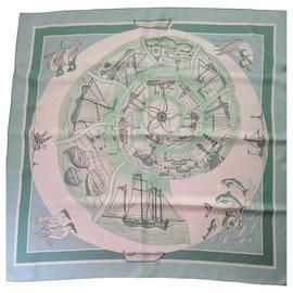 Hermès-Sublime carré Hermès foulard décors compagnons de mer-Vert clair,Bleu clair