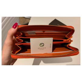 Gucci-Wallets-Orange