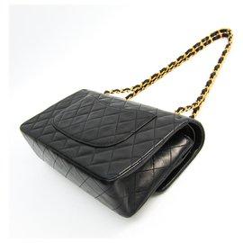Chanel-Sac à rabat doublé en cuir d'agneau moyen classique noir Chanel-Noir