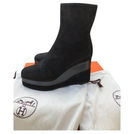 Hermès-compensated-Black