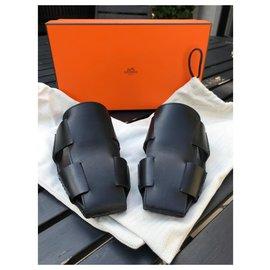 Hermès-Mules-Black