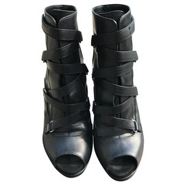 Gucci-open booties-Black