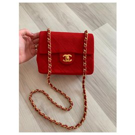 Chanel-classical-Red
