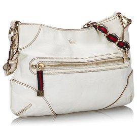 Gucci-Baguette à petit capri blanche Gucci-Blanc