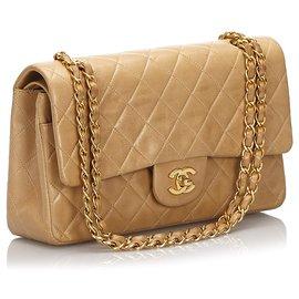 Chanel-Sac à rabat doublé en cuir d'agneau moyen classique Chanel, brun-Marron,Beige