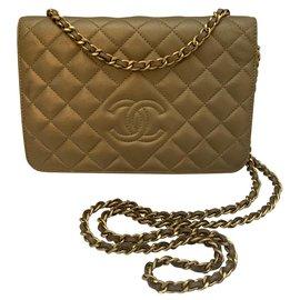 Chanel-WOC-Golden
