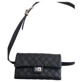 Chanel-sac pochette en cuir-Noir