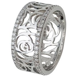 "Chanel-Chanel ring, model ""Camellia"", in white gold and diamonds.-Other"