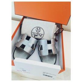 Hermès-Oran H Epsom Silver-Black,Silvery