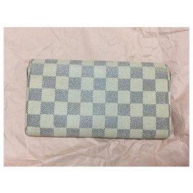 Louis Vuitton-Sarah de vuitton wallet-White