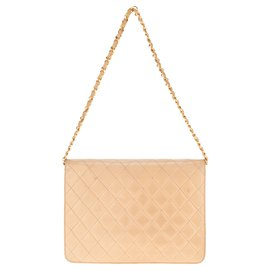 Chanel-Beautiful vintage Chanel Classic bag in beige quilted lambskin, Golden Jewelery.-Beige