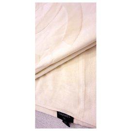 Chanel-serviette Chanel neuf-Beige