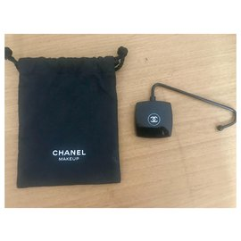Chanel-Chanel bag hook with its pouch-Black