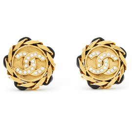 Chanel-ICONIC CHIC-Golden