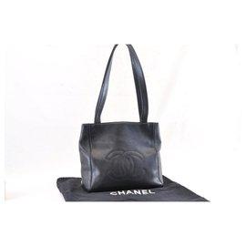 Chanel-Chanel Caviar Shoulder Bag-Black