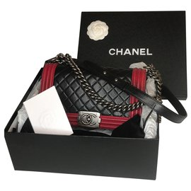 Chanel-Le Boy Medium Two Colors-Black,Red