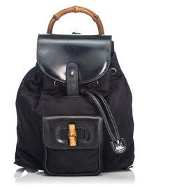 Gucci-Gucci Sac à dos à cordon en nylon et bambou noir-Noir