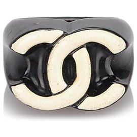 Chanel-Chanel Black CC Ring-Black,White,Cream