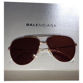 Balenciaga-5519840XV3N8106-Golden