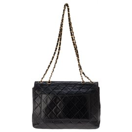 Chanel-Classic Chanel handbag in navy quilted lambskin, golden hardware!-Navy blue
