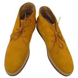Tod's-French-Yellow