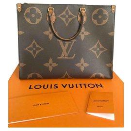 Louis Vuitton-On the Go Giant Monogram Reverse Tote-Brown,Beige,Golden