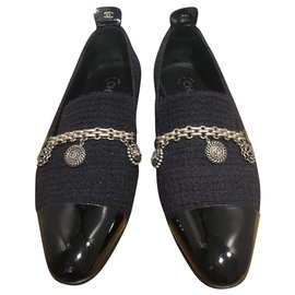 Chanel-Flats-Black,Navy blue