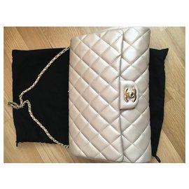 Chanel-Bolsas-Dourado