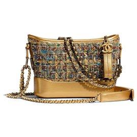 Chanel-Chanel Gabrielle Umhängetasche Hobo neu-Blau,Golden,Grün