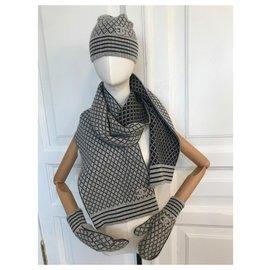 Chanel-Scarf, Hat & Gloves Set Cashmere-Black,Grey