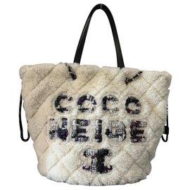 Chanel-CHANEL SAC SHOPPING MOUTON COCO NEIGE-Blanc