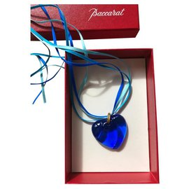 Baccarat-Baccarat heart pendant in blue crystal on satin cord-Dark blue